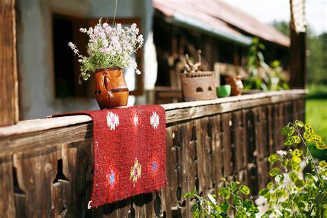 Stilul traditional romanesc • Casa și Grădina