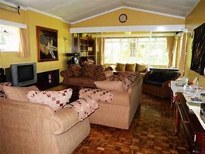 87 kenyan living room example of a classic living for Home interior decor kenya