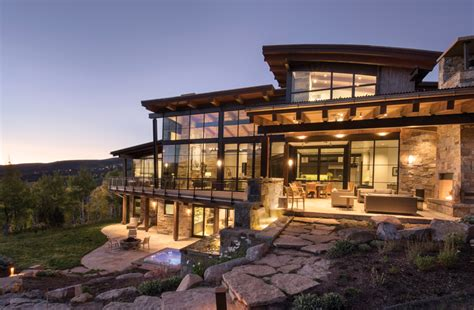 sophisticated  comfortable mountain modern home offers