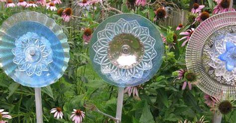 secret  making garden art flowers  dishes hometalk