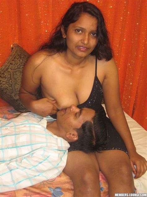 India Xxx Indian Slut Getting Dildo Fucked Xxx Dessert Picture 2
