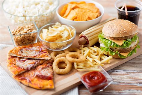 fast food cuisine a guide to healthy in a fast food restaurant
