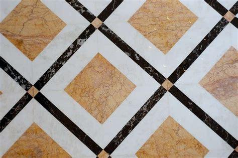 Decori Pavimenti by Arredare Casa Con Pavimento In Marmo Foto Design Mag