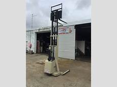 CROWN FORKLIFT WALKIE STACKER Forklift Technical Services