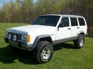 Buy Used    1995 Jeep Cherokee Country 4x4 Lifted In