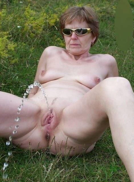 Mature Sex Amateur Girls Pissing