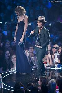 The gallery for --> Bruno Mars And Taylor Swift Height ...