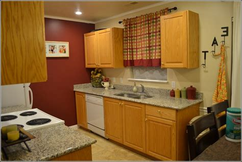 honey colored kitchen cabinets granite countertops that go with honey oak cabinets 4322