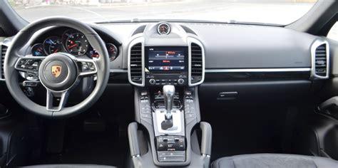 2017 Porsche Cayenne Interior Images