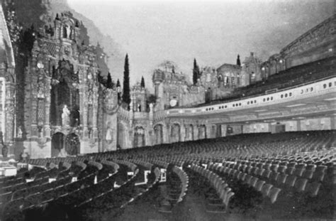 valencia theatre tabernacle  prayer denise puchol