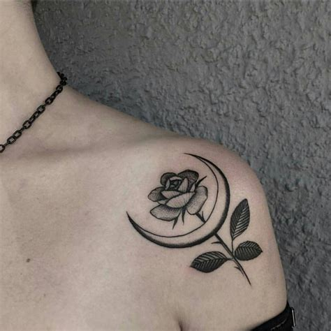 tatouage epaule symbolique  tatouages  porter