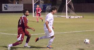 Early scoring lifts men's soccer to a win – The Orion