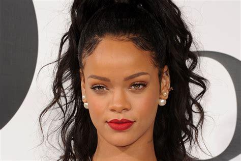 Rihanna Hairstyles 2017-2018