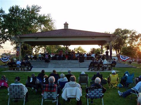 lake farm park christmas events highland community band concert panoramanow