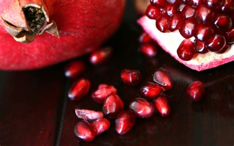 pomegranate seeds the fast way to de seed a pomegranate with no mess 9 recipes