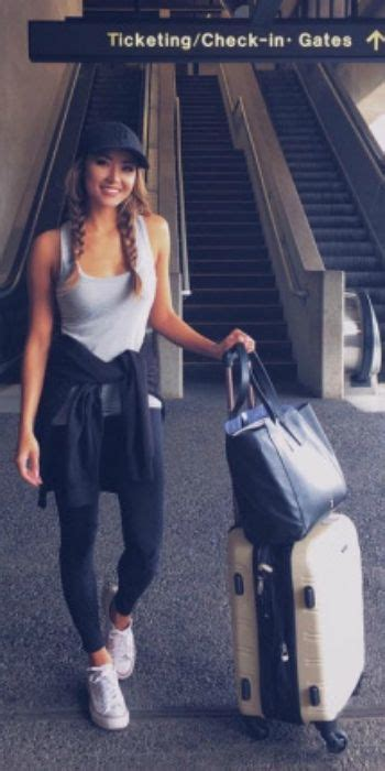 Airport Travel Outfit for Women
