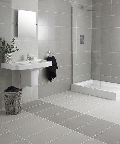 Badezimmer Fliesen Ideen Grau by Best 25 Grey Bathroom Tiles Ideas On Grey
