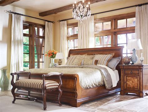 Thomasville Furniture Bedroom Sets by Great Bedroom Furniture Rockford Il Benson Co