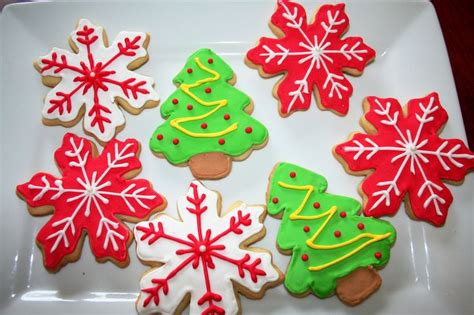 sugar cookies decorated for christmas food pinterest