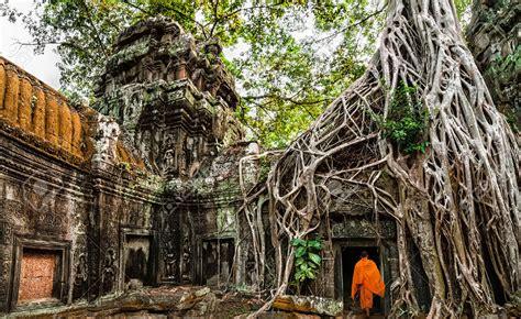 Angkor And The Khmer Empire Splendor And Ruin Open