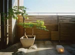 Sichtschutz Holz Balkon : bambus balkon sichtschutz gestaltung ideen im feng shui stil ~ Sanjose-hotels-ca.com Haus und Dekorationen