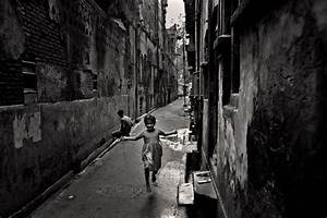 Belonging, by Munem Wasif - Invisible Photographer Asia (IPA)