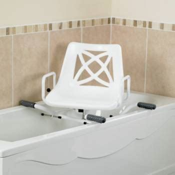 siège pour baignoire handicapé siège de bain pivotant ajustable en largeur performance health performance health