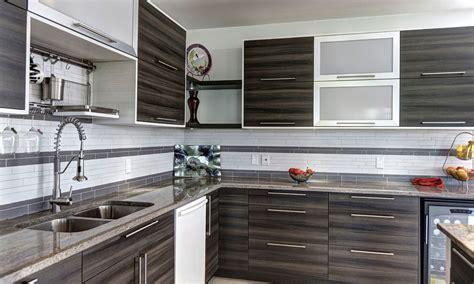 cuisine deux couleurs armoires cuisine créations sylvain lavoie cabinets