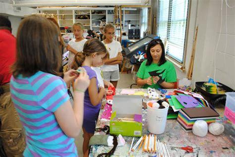 Juliet Kossman Artspass Program To Present A Free Holiday