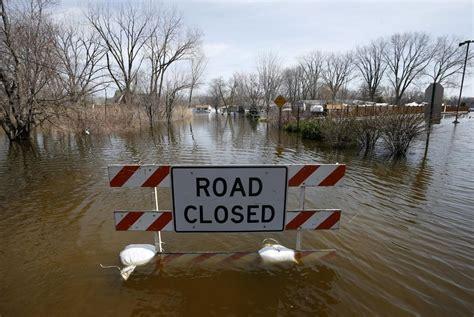 flood warnings   country  cincinnati prepares