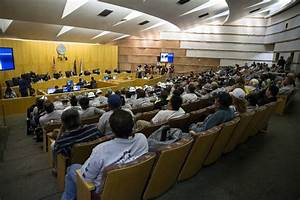 Laborers roar approval as Raiders stadium lease approved ...