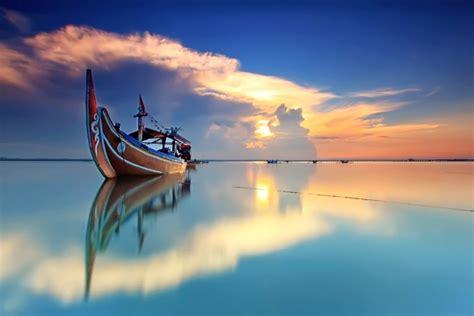 Chambre Marine - magnifiques bateaux et paysages marins par agoes antara