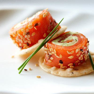 canapes aperitif originaux avocado and salmon rolls chatelaine