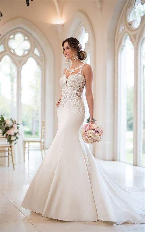 Mermaid Wedding Dresses Beaded Mermaid Wedding Gown