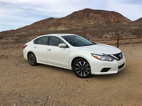 car nissan altima 2016 nissan altima sl review us quick drive caradvice