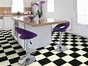 Damier Noir Et Blanc : sol pvc best motif carrelage damier blanc noir ~ Dallasstarsshop.com Idées de Décoration