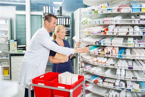 read     pharmacy technician earnmydegree