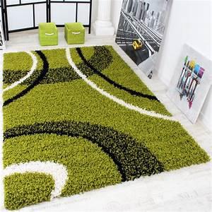 Langflor Teppich Weiß : shaggy teppich hochflor langflor gemustert in gr n schwarz weiss alle teppiche ~ Frokenaadalensverden.com Haus und Dekorationen
