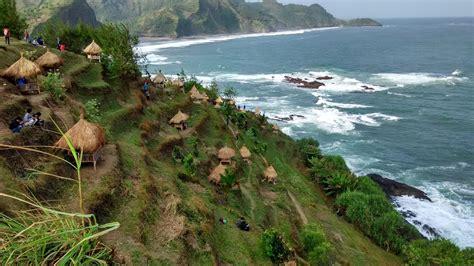 objek wisata pantai kebumen    eksotik