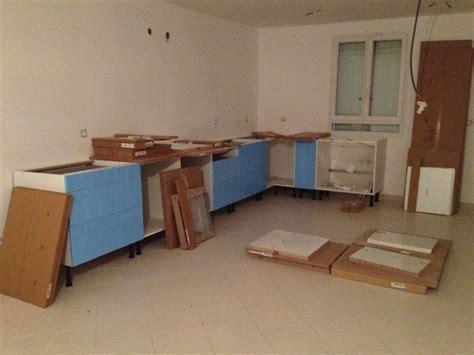 montage cuisine but davaus installation cuisine ikea avec des