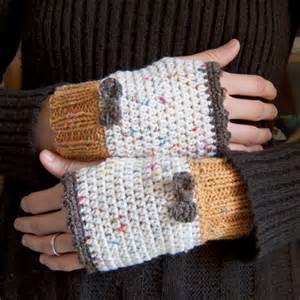 Free Pattern Crochet Hand Warmers Gloves