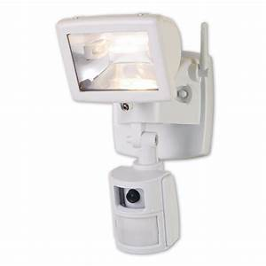 Cooper lighting ma flood light with camera security
