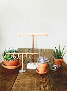 50 idees pour integrer le tube de cuivre dans votre decor With salle de bain design avec support carton à décorer