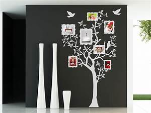Baum Für Wohnzimmer : baum mit fotorahmen wandtattoo baum fotos von ~ Michelbontemps.com Haus und Dekorationen