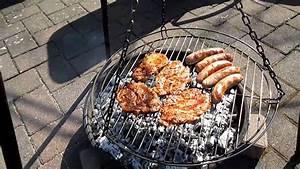 Pute Richtig Grillen : outdoor grillen von steaks auf dem schwenkgrill der ideale ~ Lizthompson.info Haus und Dekorationen