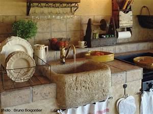 recup39 et materiaux anciens les meilleures adresses d39art With evier en pierre pour exterieur 14 deco cuisine ancienne