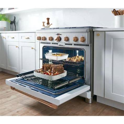 ge cafe cgypmd   gas professional range   burners