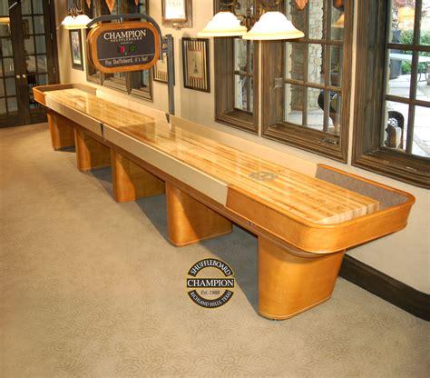 a shuffleboard table 14 foot chion shuffleboard table made in the usa 7337