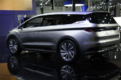 mpv car geely 2018 mpv concept shanghai show geely gears up six