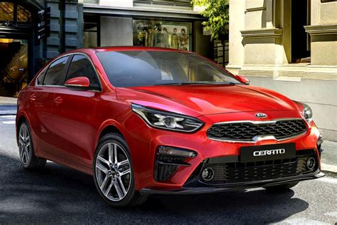 kia cerato prices  australian reviews price  car